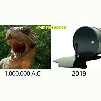 Lets do #1000000yearschallenge 😂😂 ... #oilfieldmemes #perfomemes #10yearschallenge #dinosaurus #petroleum #dinosaurios #challenge #reto #perfo10yearschallenge #onemillionyearschallenge #jurassicworld #prehistory #jurassic